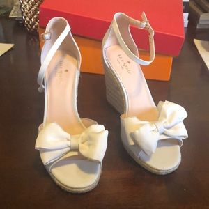 Kate Spade bow wedges size 8